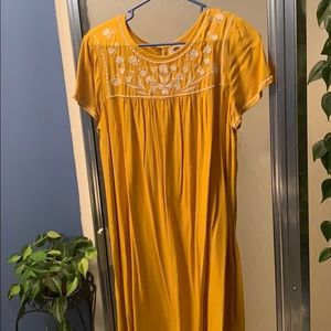 Large yellow (Old Navy) dress. Never worn!